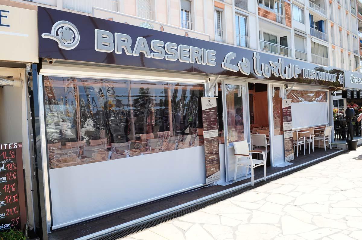 Spécialiste Des Stores Ziptrak à Hyères Dans Le Var Azur